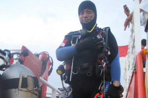 Thợ lặn Indonesia thiệt mạng trong lúc tìm kiếm máy bay Lion Air rơi xuống biển - Ảnh 1