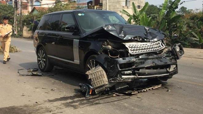Tin tai nạn giao thông mới nhất ngày 1/12/2018: Xế sang Range Rover tông chết nữ hiệu trưởng rồi bỏ chạy - Ảnh 1
