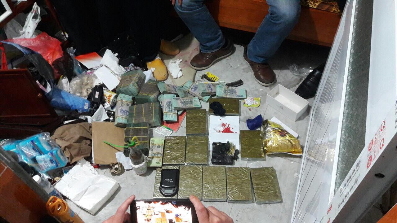 """Phá đường dây ma túy """"khủng"""" ở Nam Định, thu giữ hơn 2 tỷ đồng - Ảnh 1"""