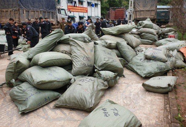 """Triệt phá đường dây buôn lậu """"khủng"""" ở Lạng Sơn, thu giữ 100 tấn hàng - Ảnh 1"""