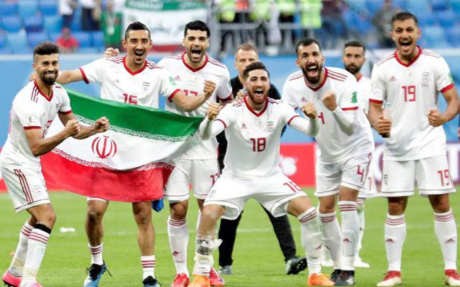 Asian Cup 2019: Tuyển mạnh nhất châu Á mang đội hình dự World Cup 2018 đấu với Việt Nam - Ảnh 1