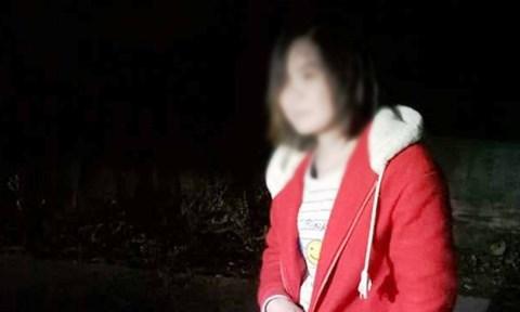 """Tìm được con gái """"mất tích"""" hơn 4 tháng nhờ mạng xã hội - Ảnh 1"""
