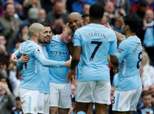 Đại thắng 5-0 trước Swansea, Man City thị uy sức mạnh nhà vô địch - Ảnh 1