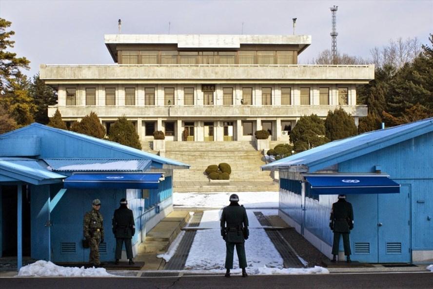 Hé lộ hình ảnh đầu tiên bên trong phòng họp thượng đỉnh liên Triều - Ảnh 2
