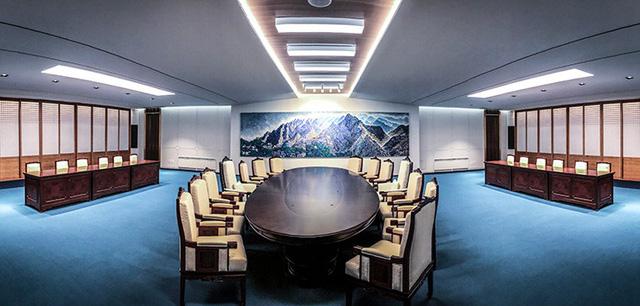 Hé lộ hình ảnh đầu tiên bên trong phòng họp thượng đỉnh liên Triều - Ảnh 1