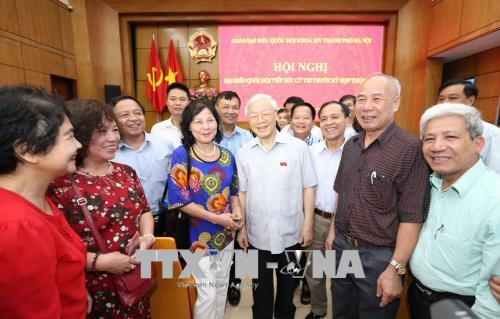 Tổng Bí thư Nguyễn Phú Trọng tiếp xúc cử tri Hà Nội - Ảnh 5