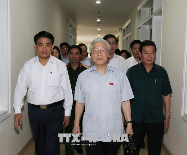 Tổng Bí thư Nguyễn Phú Trọng tiếp xúc cử tri Hà Nội - Ảnh 2