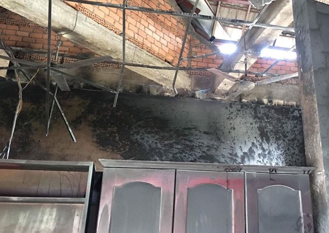 Trước ngày kiểm toán, phòng Tài chính-Kế hoạch huyện bất ngờ bốc cháy - Ảnh 1