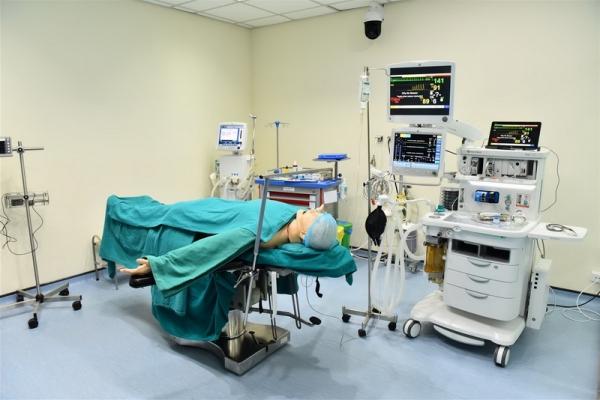 Vụ điều dưỡng 9X bị tố hiếp dâm nữ bệnh nhân 57 tuổi: Giám đốc bệnh viện lên tiếng - Ảnh 1