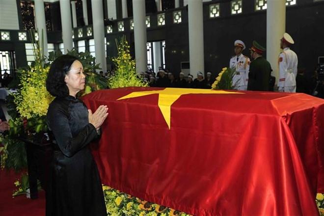 Lễ viếng Chủ tịch nước Trần Đại Quang - Ảnh 48