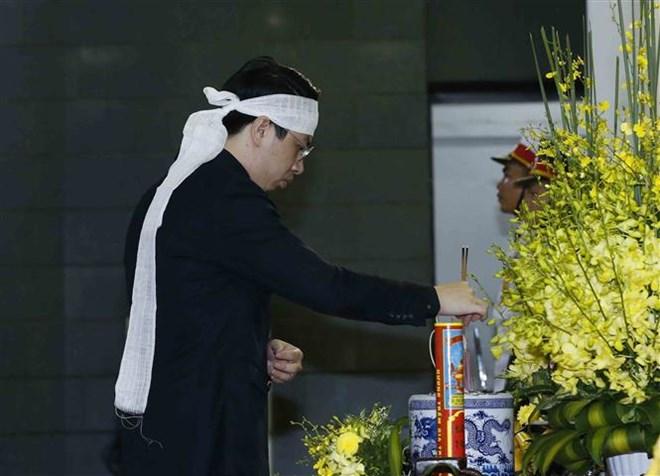Lễ viếng Chủ tịch nước Trần Đại Quang - Ảnh 60