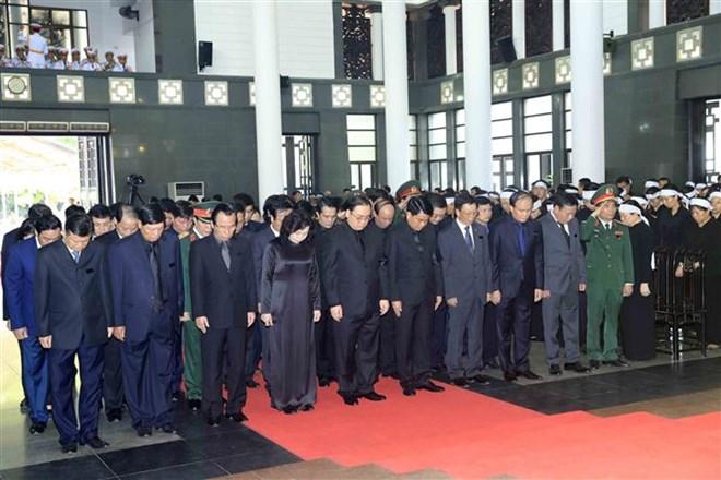 Lễ viếng Chủ tịch nước Trần Đại Quang - Ảnh 49