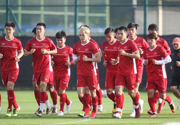 Asian Cup 2019: Hé lộ người thay thế Duy Mạnh đấu Yemen - Ảnh 1