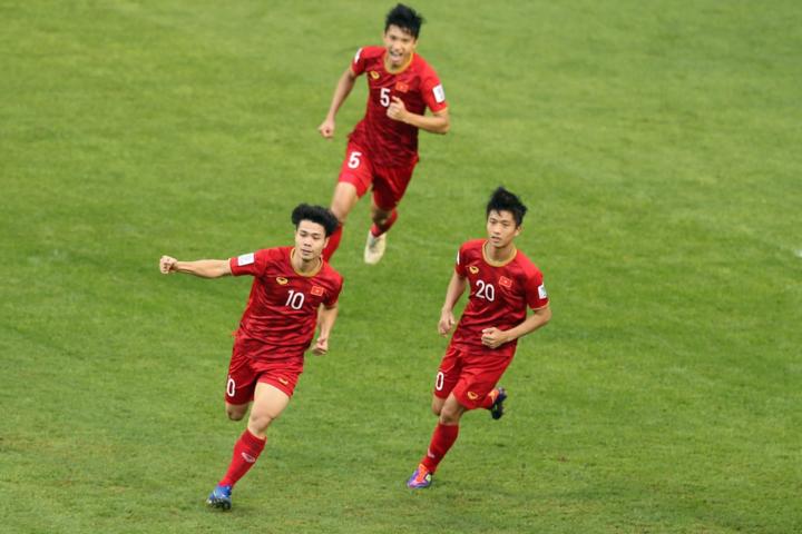 """HLV Jordan: """"Chúng tôi chơi với sự sợ hãi và mắc sai lầm, Việt Nam chơi quá hay"""" - Ảnh 1"""