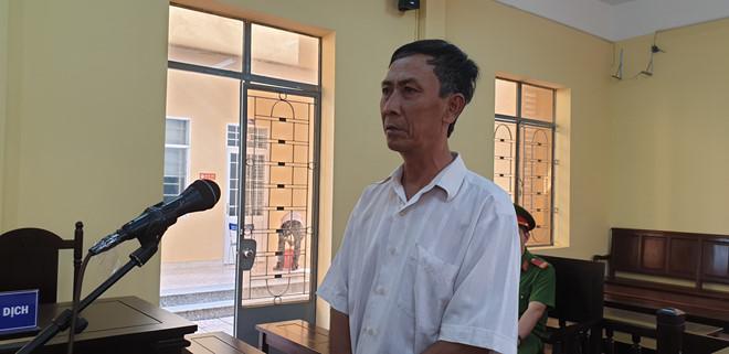 Chồng cô giáo về hưu dâm ô nhiều học sinh của vợ tại nhà lĩnh 4 năm tù - Ảnh 1