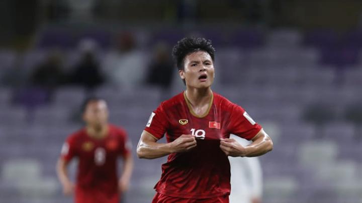Quang Hải và Trọng Hoàng gặp chấn thương trước tứ kết, HLV Park Hang Seo lần lượt gọi ra gặp riêng - Ảnh 1