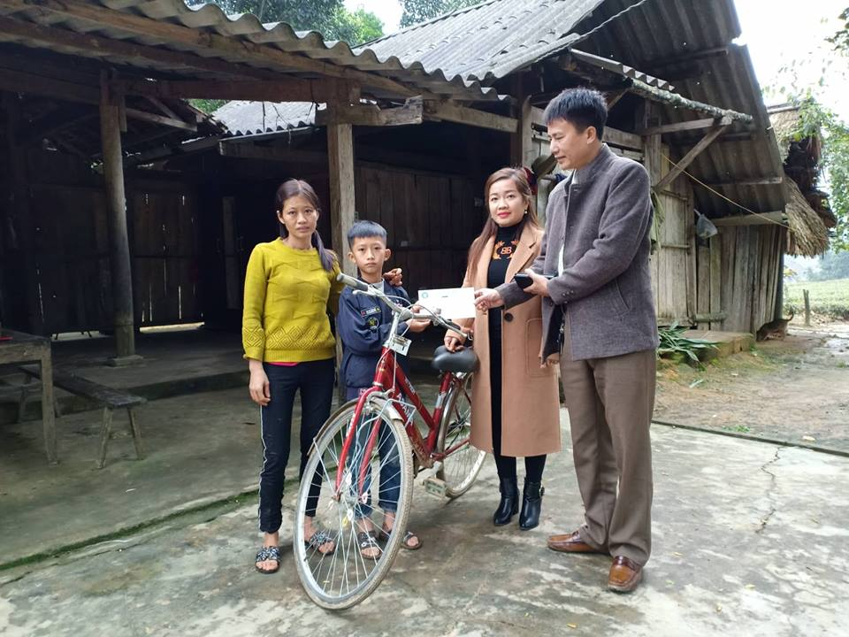Báo ĐS&PL tặng gần 50 suất quà Tết cho người dân nghèo Hà Tĩnh - Ảnh 3