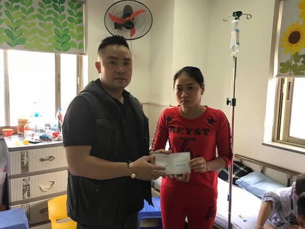 Báo ĐS&PL tặng gần 50 suất quà Tết cho người dân nghèo Hà Tĩnh - Ảnh 2