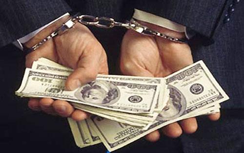 Bắt tạm giam Trưởng công an xã hứa xin việc với giá 350 triệu - Ảnh 1