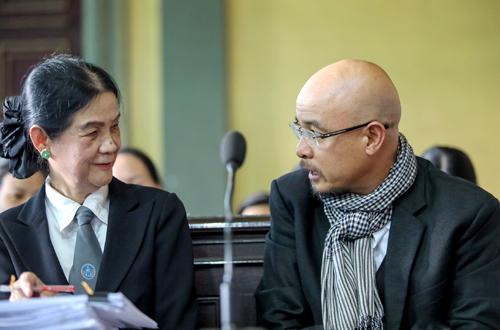 """Ông Đặng Lê Nguyên Vũ: """"Qua vì cô ấy phải đi khám ở 5 bệnh viện, ra 2 hội đồng giám định tâm thần"""" - Ảnh 1"""