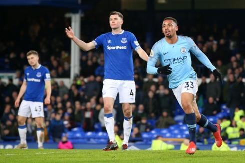 Hạ Everton, Man City lên ngôi đầu bảng Premier League - Ảnh 1
