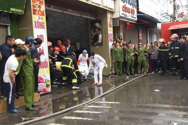 """Vụ cháy khách sạn, nữ nhân viên tử vong: Hơn 3 giờ nghẹt thở chiến đấu với """"giặc lửa"""" - Ảnh 2"""
