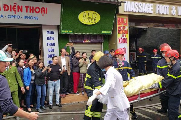 """Vụ cháy khách sạn, nữ nhân viên tử vong: Hơn 3 giờ nghẹt thở chiến đấu với """"giặc lửa"""" - Ảnh 3"""