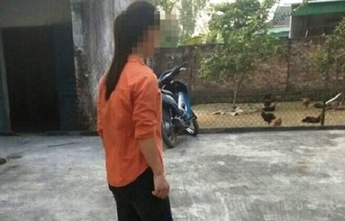 Vụ thiếu nữ bị cưỡng hiếp ngoài đồng vắng: Nghi phạm lưu nhiều clip hãm hại nạn nhân - Ảnh 2