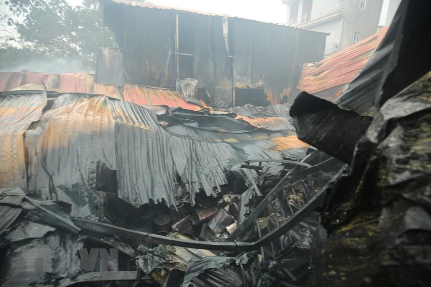 Vụ cháy ở Hà Nội: Xác định có ba mẹ con mất tích trong số 8 nạn nhân - Ảnh 2