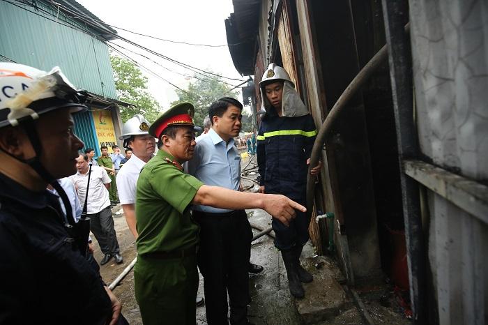Hà Nội: Cháy 4 nhà xưởng rộng hàng nghìn mét vuông, 8 người chết và mất tích (Cập nhật) - Ảnh 2