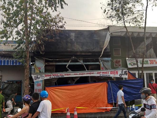 Vụ 3 người chết trong căn nhà bốc cháy: Ám ảnh tiếng kêu cứu yếu dần rồi tắt lịm - Ảnh 1