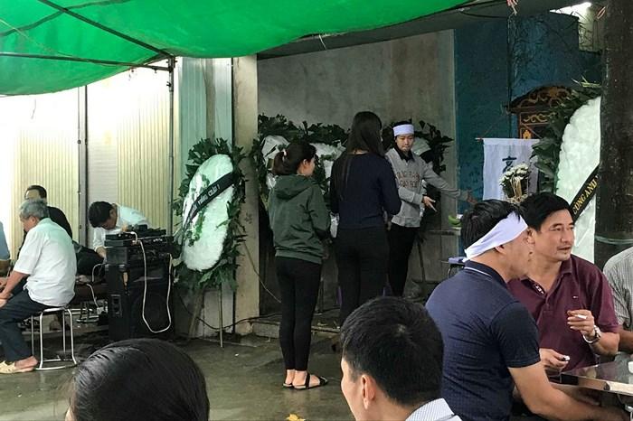 Khởi tố vụ nữ sinh lớp 12 ở Bắc Ninh nhảy cầu tự tử nghi do bị hiếp dâm - Ảnh 2