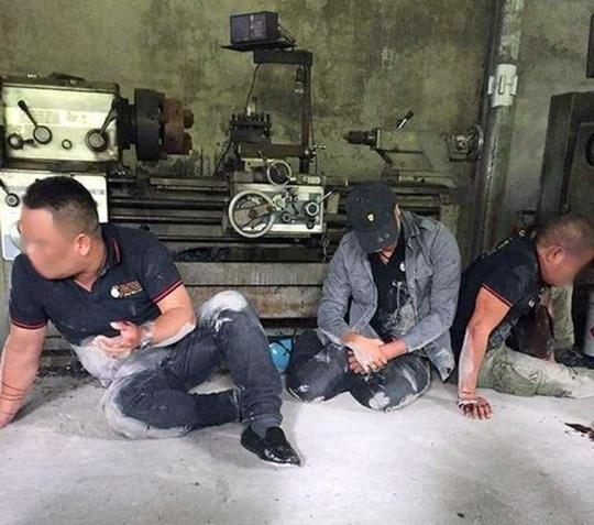 Diễn biến bất ngờ vụ 3 người đòi nợ thuê bị cựu đặc công nước đánh bầm dập, quay clip - Ảnh 1