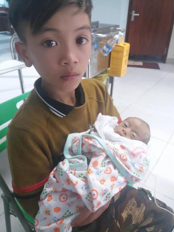 Chiếc xe đạp không phanh của cậu bé vượt 100km xuống Hà Nội thăm em được mua với giá 103 triệu đồng - Ảnh 2