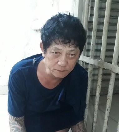 Trinh sát đặc nhiệm vây ráp khu phố, vào từng nhà tìm kiếm nghi can cướp giật ở Sài Gòn - Ảnh 1