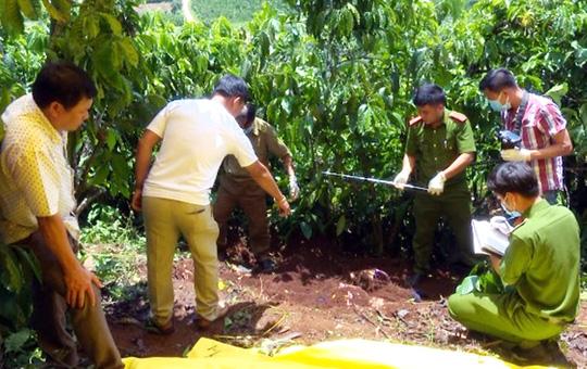 Vụ 3 bà cháu bị sát hại, chôn xác trong vườn cà phê: Nữ nghi phạm khai ra tay bất ngờ - Ảnh 1
