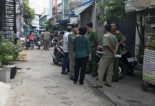 """Thảm án 3 người chết ở Bình Tân: """"Tôi chỉ biết chắp tay van vái trời phật khi trốn trong tủ"""" - Ảnh 2"""