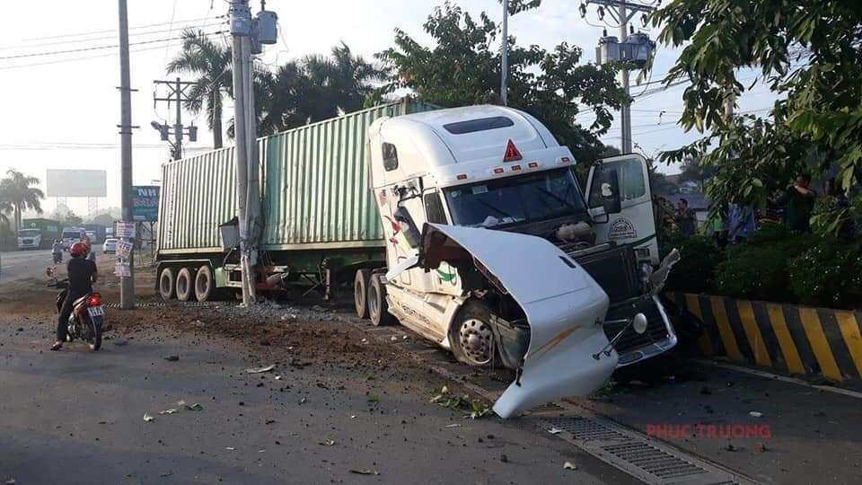 Vụ tai nạn làm 5 người chết ở Tây Ninh: Tạm giam 4 tháng tài xế container - Ảnh 1