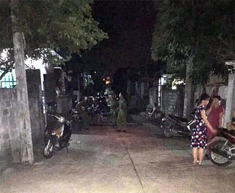 Vụ 2 vợ chồng bất tỉnh trong nhà tắm ở Ninh Bình: Lời kể hoảng hốt của nhân chứng - Ảnh 1