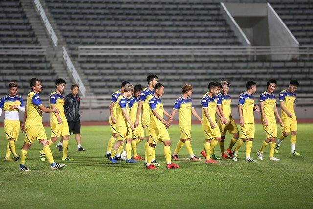 King's Cup 2019: Cầu thủ Curacao thoải mái vui đùa trước trận chung kết gặp Việt Nam - Ảnh 2