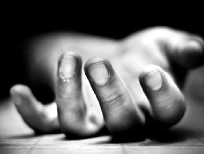 Điều tra nghi án vợ chồng Trưởng trạm Y tế xã lần lượt tự tử bằng thuốc diệt cỏ - Ảnh 1