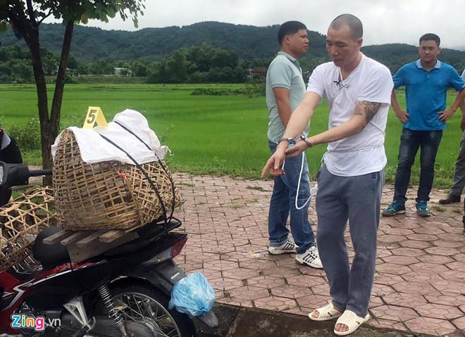 Vụ nữ sinh giao gà bị sát hại ở Điện Biên: Cận cảnh Lường Văn Hùng thực nghiệm hiện trường - Ảnh 3