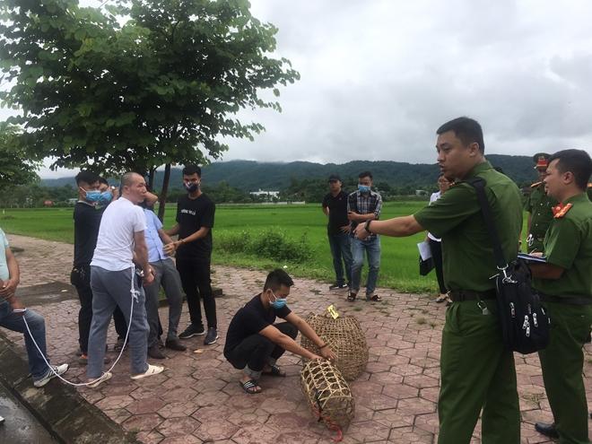 Vụ nữ sinh giao gà bị sát hại ở Điện Biên: Cận cảnh Lường Văn Hùng thực nghiệm hiện trường - Ảnh 5