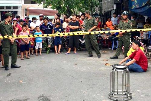 Vụ con rể phát hiện mẹ vợ chết trong phòng trọ: Ập vào quán internet tại Đồng Nai, bắt đôi nam nữ nghi phạm - Ảnh 2