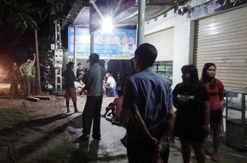 Tin tức pháp luật mới nóng nhất hôm nay 27/7/2019: Tên cướp bị dân vây bắt sau khi đâm thanh niên chạy SH - Ảnh 3