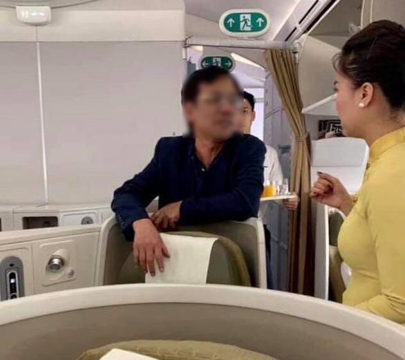 Vụ vị khách hạng thương gia bị tố sàm sỡ cô gái trên máy bay: Cảng vụ Hàng không miền Bắc nói gì? - Ảnh 1