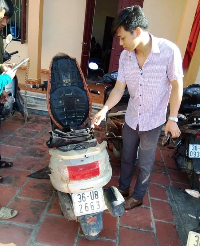 Cặp tình nhân rủ nhau đi trộm chó bị người dân vây bắt ở Thanh Hóa - Ảnh 1