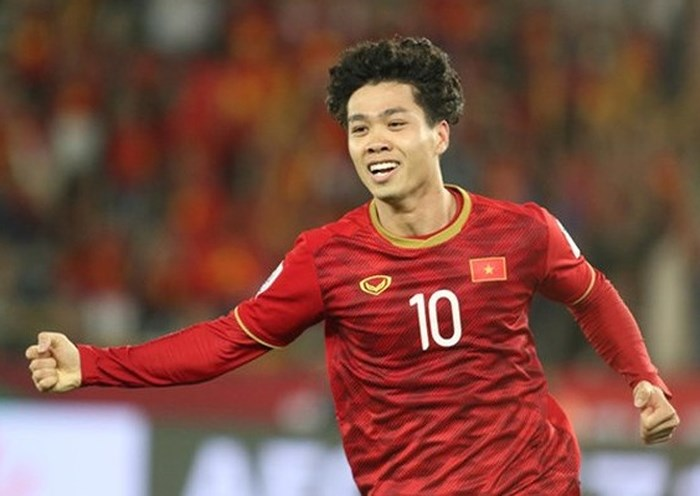 Vòng loại World Cup 2022: Công Phượng sẽ bay thẳng từ Bỉ về Thái Lan hội quân cùng tuyển Việt Nam - Ảnh 1