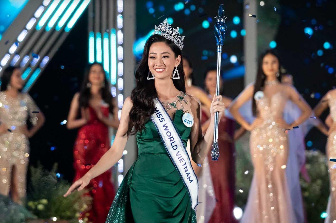 Ảnh thời thơ ấu cực đáng yêu của Hoa hậu Lương Thuỳ Linh khiến dân mạng xuýt xoa - Ảnh 3