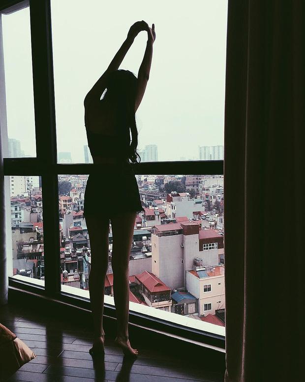 """Vóc dáng gợi cảm chẳng kém người mẫu của cô nàng """"có cuộc sống sang chảnh nhất rich kid"""" Việt - Ảnh 2"""
